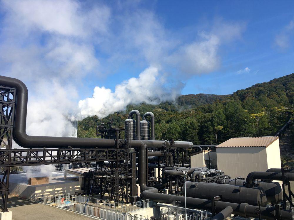 山葵沢(わさびざわ)地熱発電所(秋田県湯沢市)